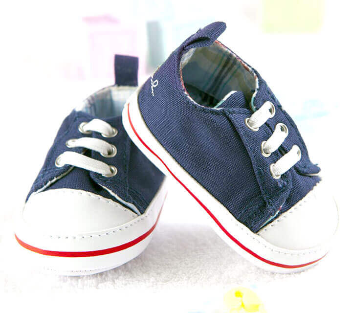 Baby Shower Themes - A Skip, a Hop and a Shoe?